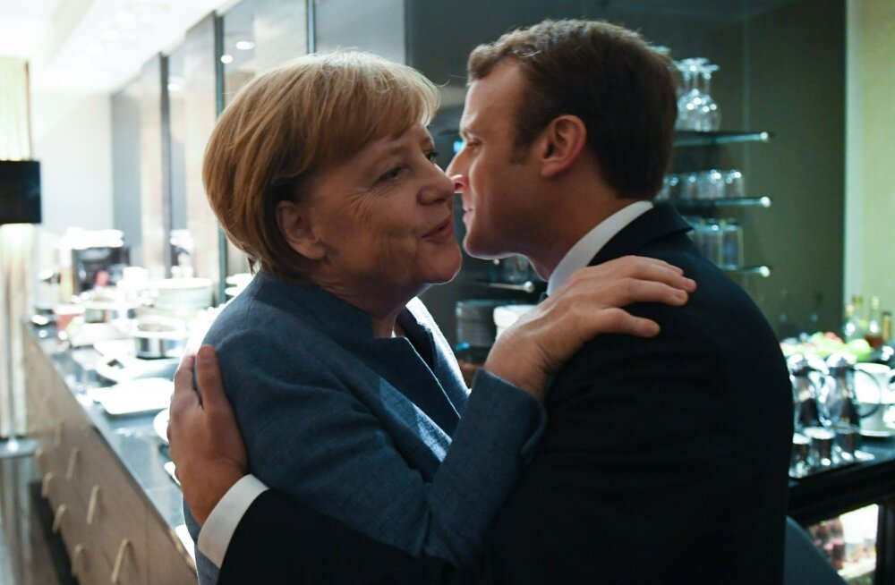 Angela Merkel ja Emmanuel Macron kohtusid eile enne pidulikku õhtusööki ka nelja silma all. Meeleolu näis olevat ülevoolav.
