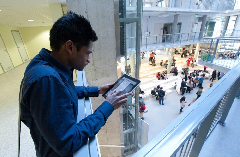 Tallinna ülikoolis õpib 916 välisüliõpilast