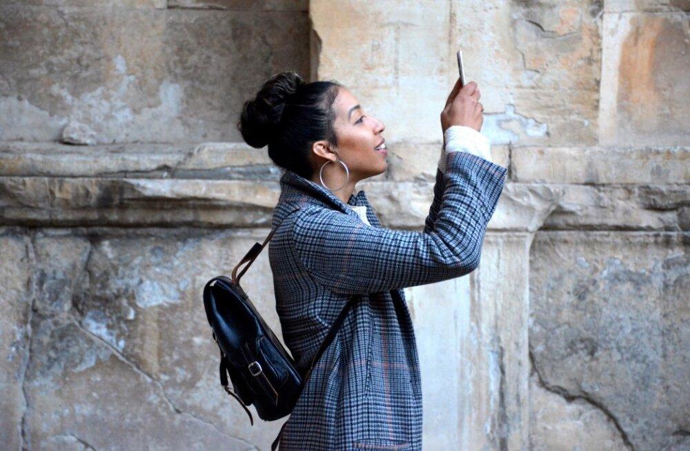Su selfid ei jää kunagi sellised nagu tuntud suunamudijatel? Tippfotograaf jagab nippe, kuidas ideaalne pilt teha
