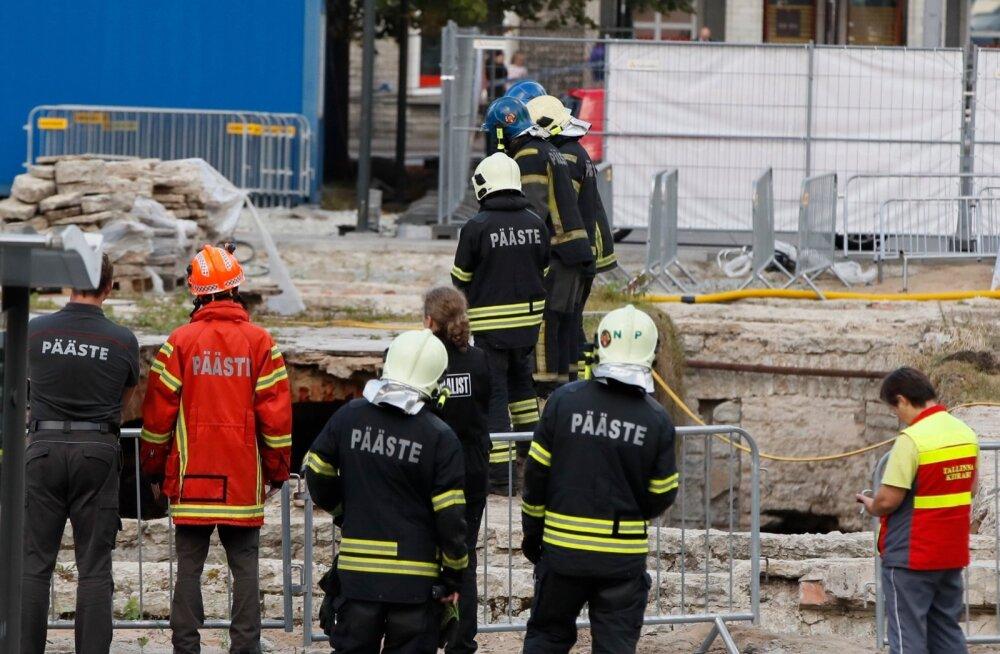 Из-за гибели строителя открытие парка Таммсааре произойдет на неделю позже и без торжеств
