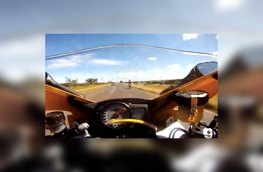 Rekordit püüdnud mootorrattur tegi uskumatul kiirusel avarii ja suri saadud vigastustesse