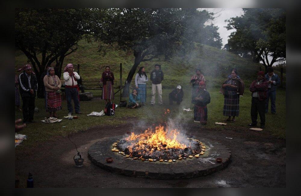 Eksperdid: maiad ei ennustanud 2012. aastaks mingit maailma lõppu
