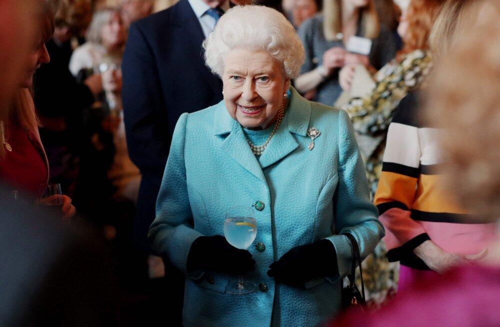 Oleksid osanud arvata? Erinevalt teistest võib kuninganna Elizabeth II teha neid üheksat asja