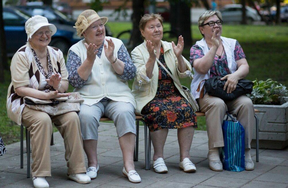 Venemaa pensionärid Moskvas.
