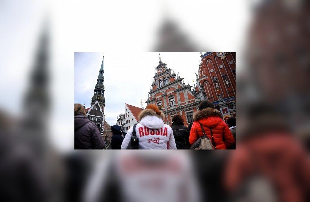 Новый год без икры. Как российские туристы уходят из Балтии