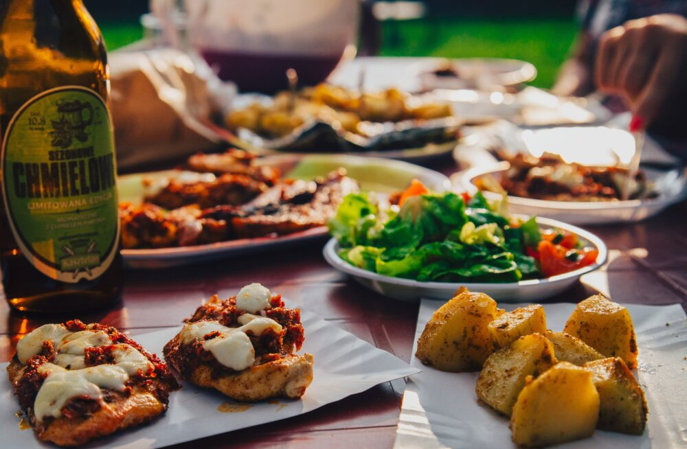 Ешьте на ночь и не отказывайтесь от картошки с мясом: 4 неожиданных способа похудеть