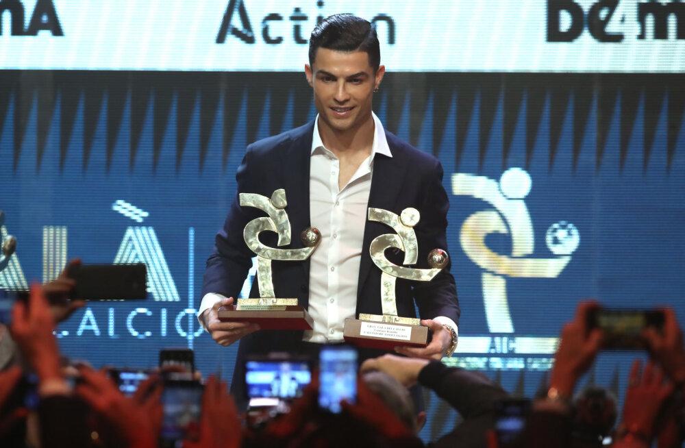 Ronaldo käitumine auhinnagalal tekitas palju küsimusi: isegi Juventus ei teadnud, kas portugallane ilmub välja
