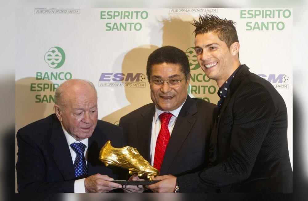 Alfredo Di Stefano koos Eusebio ja Ronaldoga
