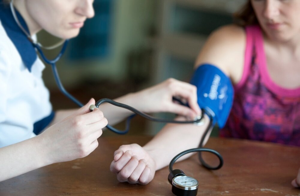 Kuigi järgmise 8 aasta jooksul väheneb eriarstide arv, tuleb oluliselt juurde meditsiiniõdesid.