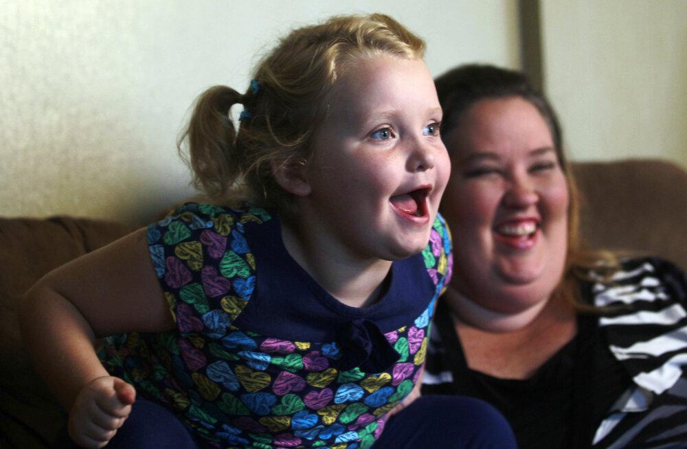 KLÕPS   Vaata, milline on teismeliseks sirgunud Honey Boo-Boo ja sõltuvuste küüsis vaevelnud ema June tänaseks!