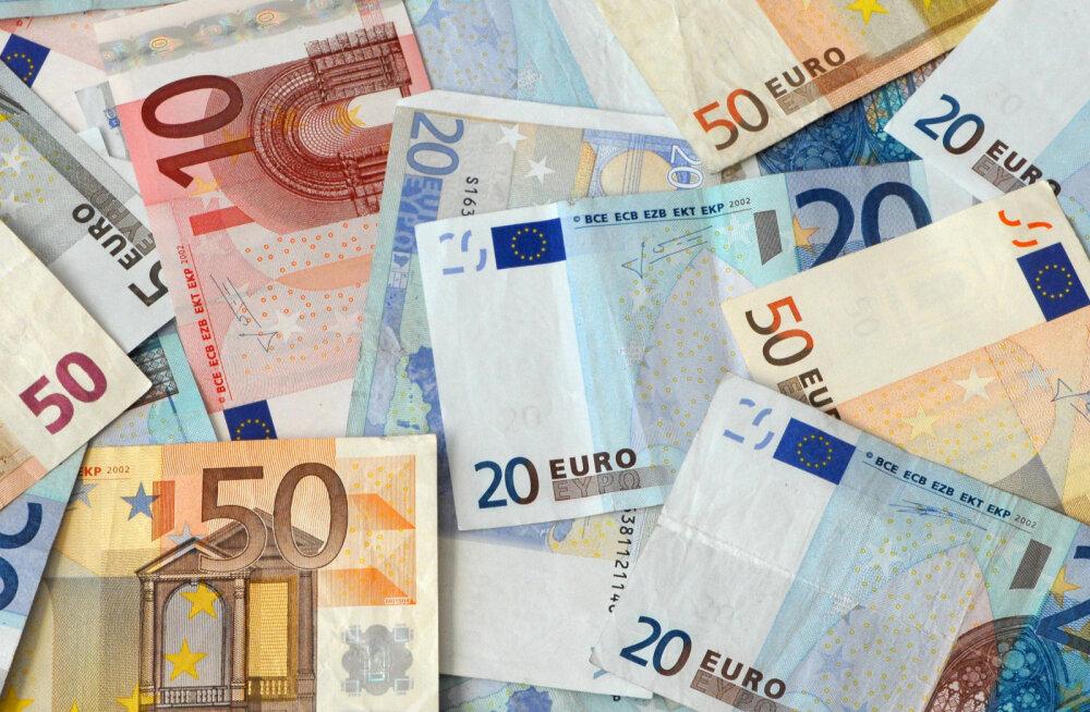 Eestist viidi läinud aastal välismaale väga suur hunnik raha
