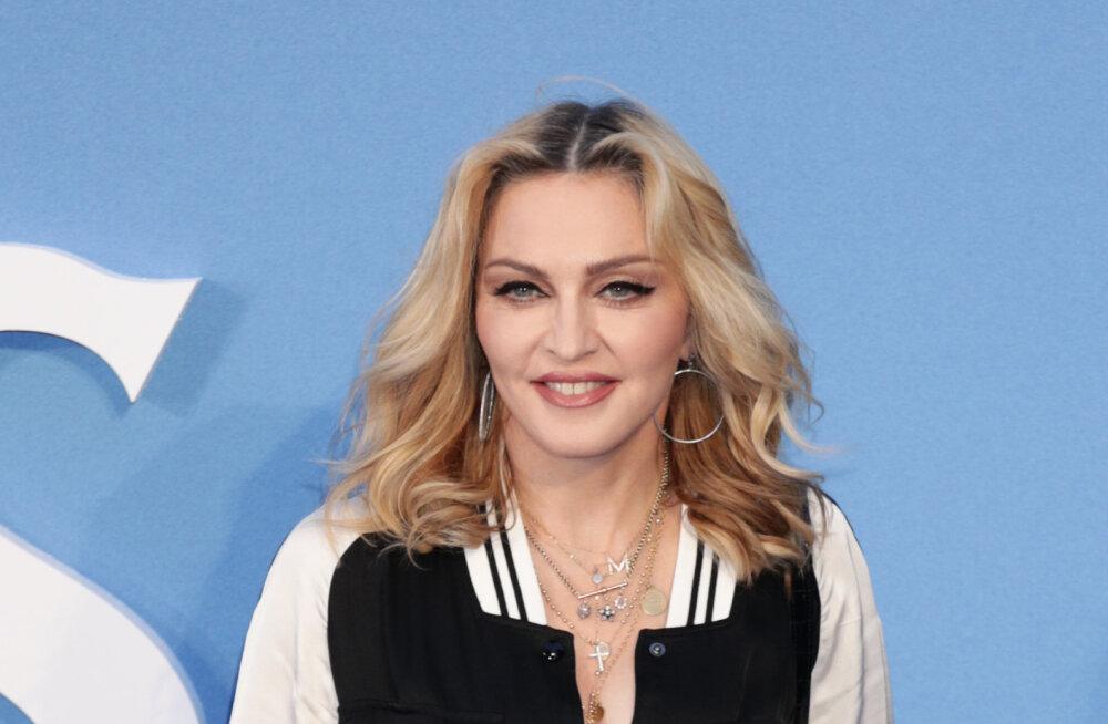 Lõpuks! Popkuninganna Madonna on Tel Avivis kohal ning peatub samas hotellis kuulsa vene popstaariga