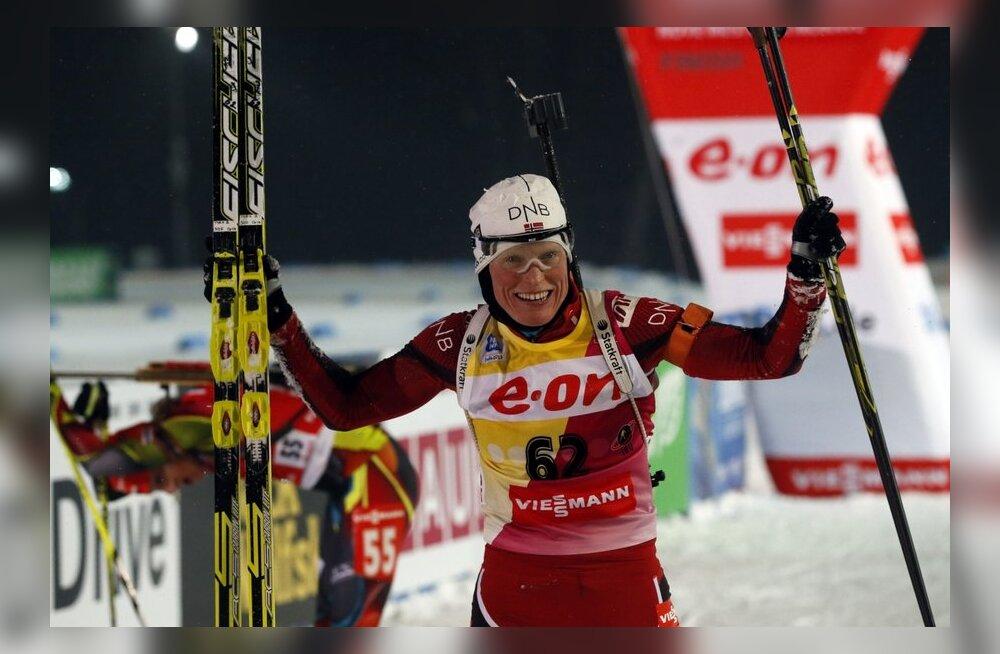 Berger võidutses norralaste rõõmuks Holmenkollenis ja kindlustas MK-sarja üldvõidu