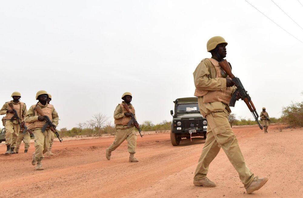 Burkina Fasos hukkus rünnakus kaevandusfirma konvoi vastu 37 inimest