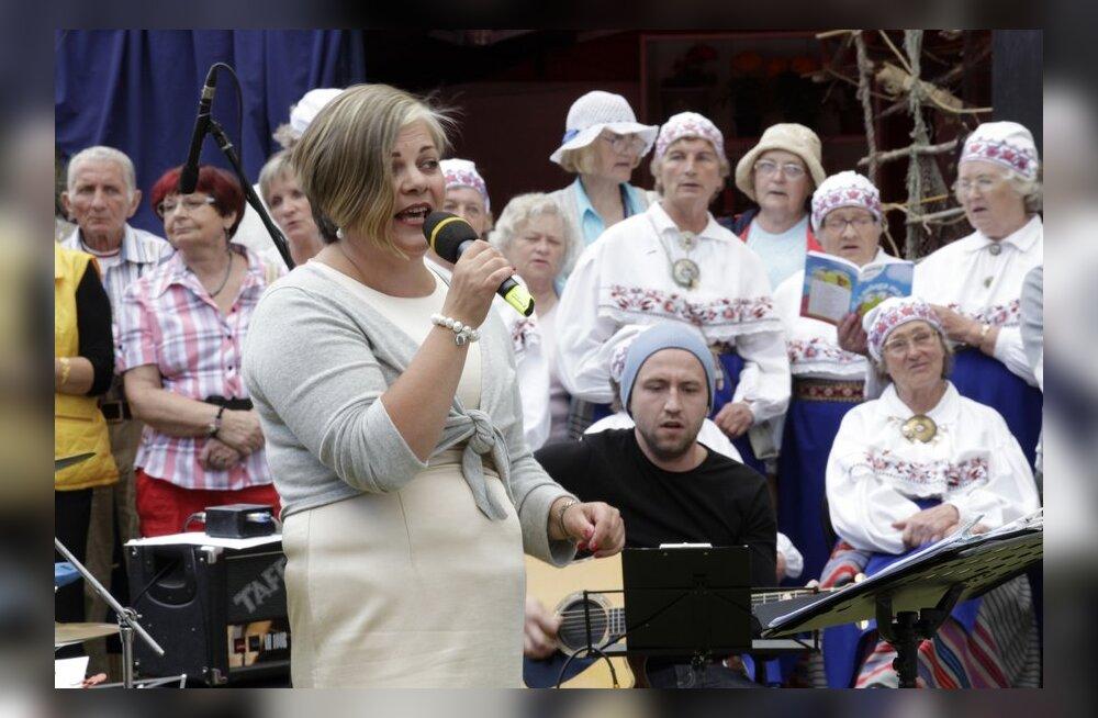 FOTOD: Kundas kuulati Uku Suvistet ja Airi Allveed