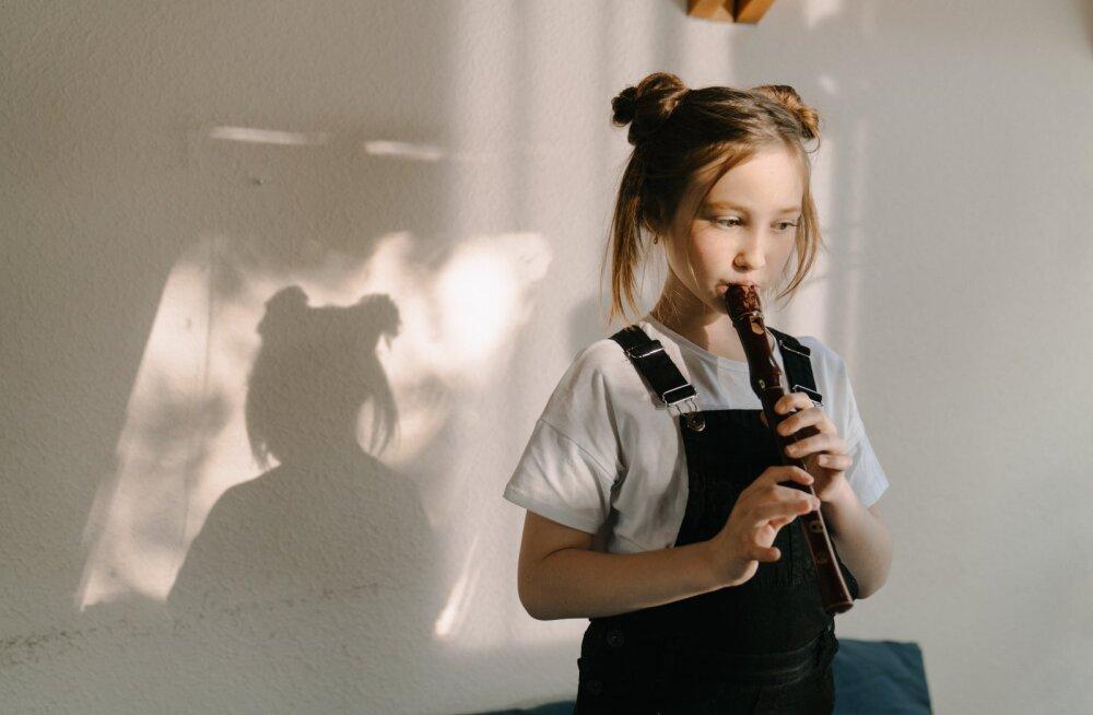 Почему обучение музыке не делает детей умнее? Объясняют ученые