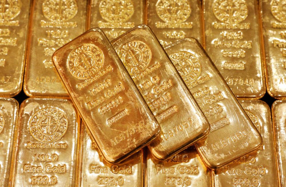 Investorid pagevad läheneva tormi eest kulda