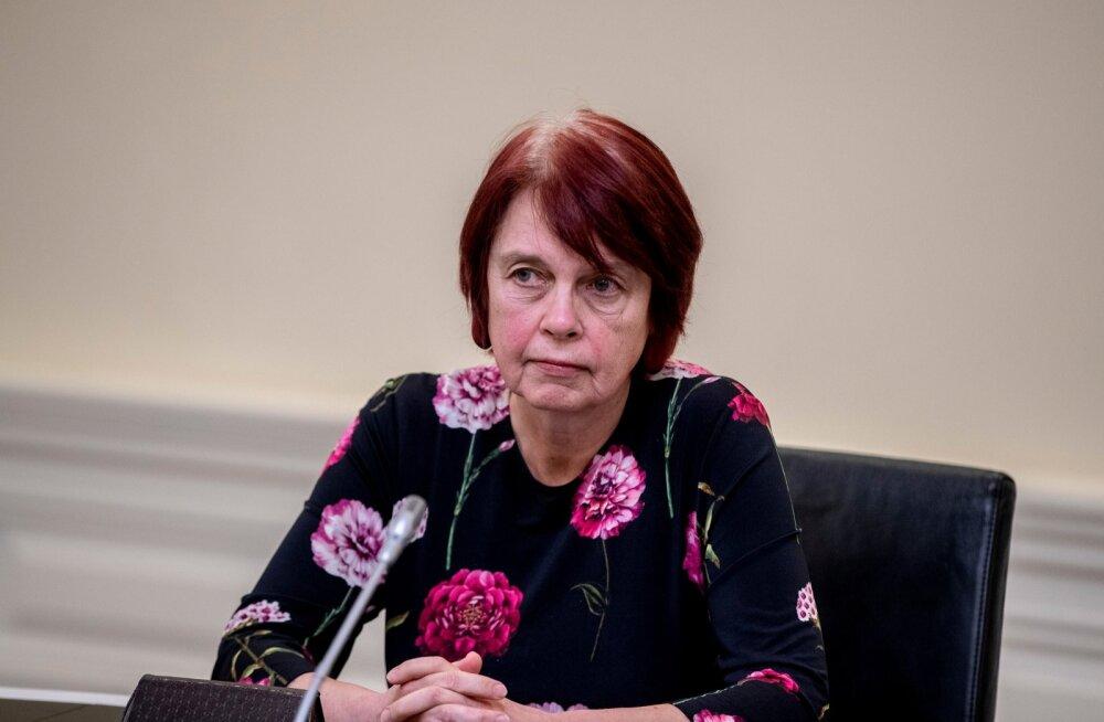 Irja Lutsar kritiseerib Tallinna koroonameetmeid: paistab nii, et paneme töö kinni, et jääks rohkem aega lõbustusteks õhtul