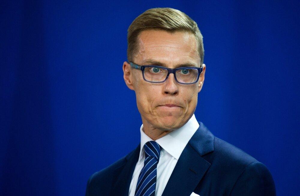 Soome rahandusminister Stubb kergitas saladuseloori Bilderbergi konverentsi päevakorralt