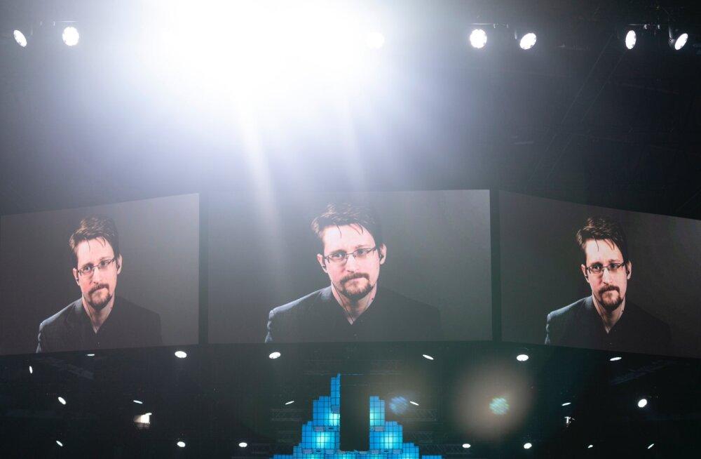 Edward Snowden tunneb, et nüüd on aeg Bitcoini osta