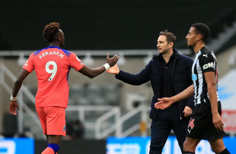 Abraham lõi hooaja 23. värava, Chelsea tõusis tabeliliidriks