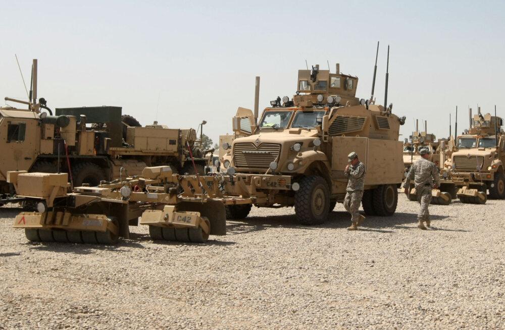 USA sõdureid võõrustavat Iraagi baasi tabasid raketid
