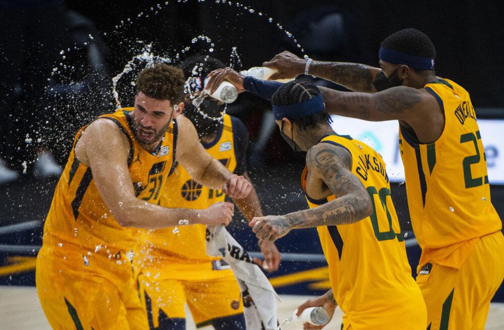 VIDEO | Viskekontserdi püsti pannud Jazz tabas 28 kaugviset, Wizardsi võidumarss jätkus Lakersi üle