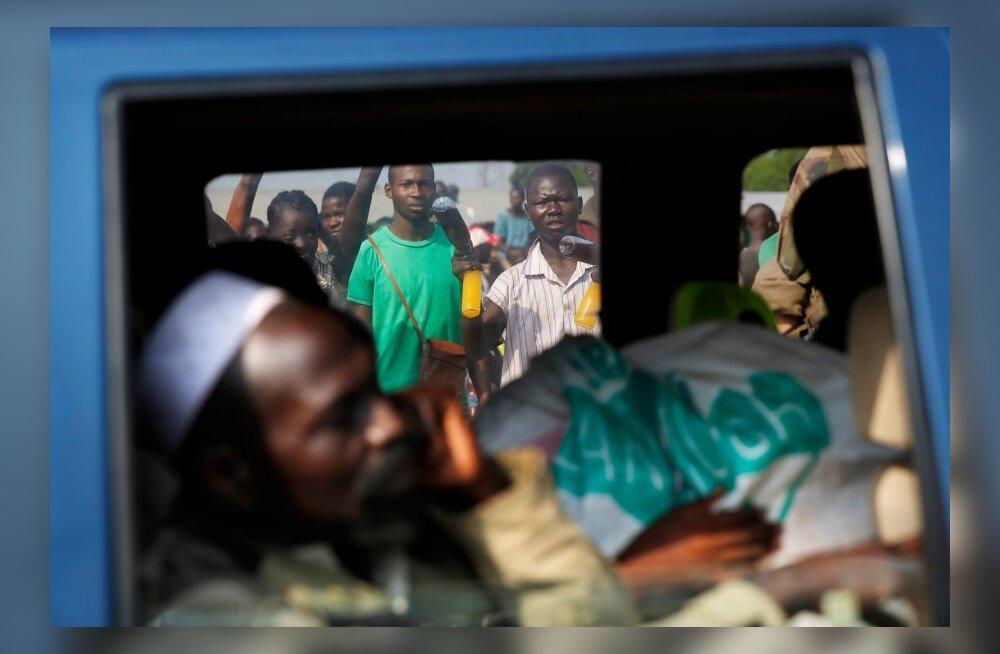 Amnesty: Kesk-Aafrika Vabariigis toimub etniline puhastus, mida rahuvalvajad ei suuda ära hoida