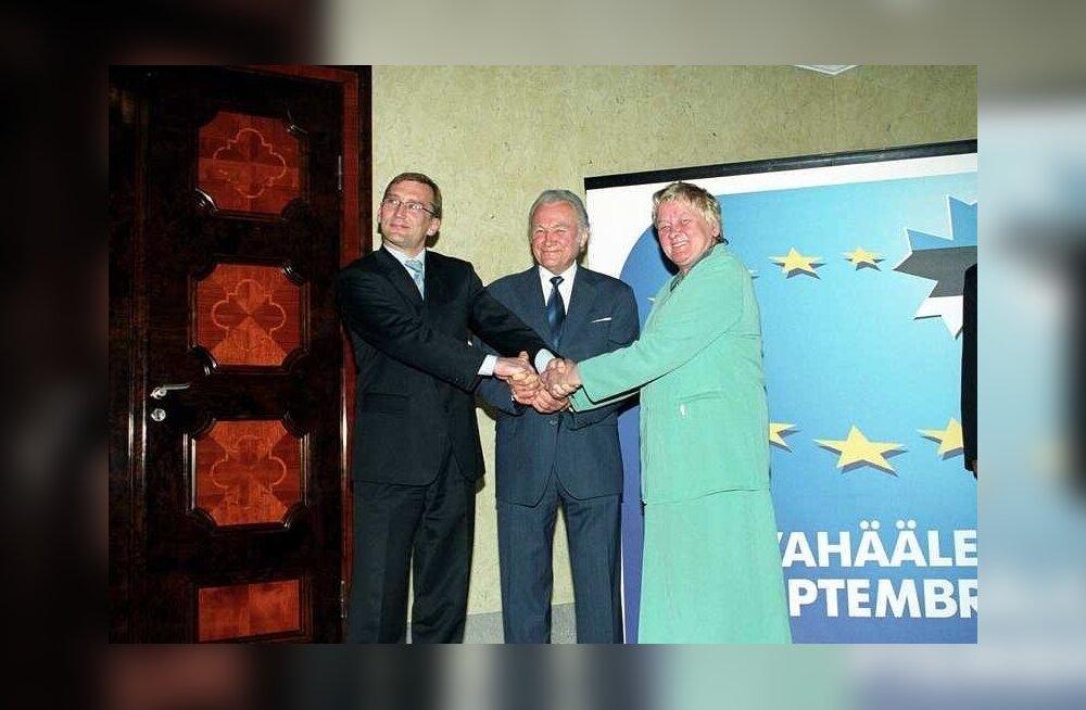 Peaminister Juhan Parts, president Arnold Rüütel ja riigikogu esimees Ene Ergma 2003. aastal Euroopa Liidule toetust avaldamas