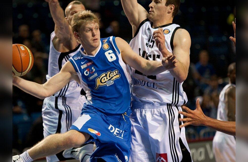 Ajakirja Basketball kaanestaariks Gert Dorbek