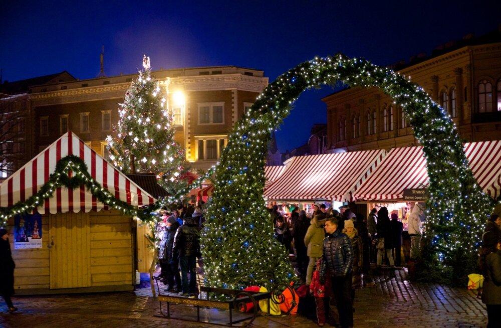 Едем в Ригу на рождественский рынок!