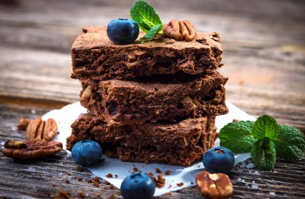 RETSEPT   Šokohooliku unistus - brownie