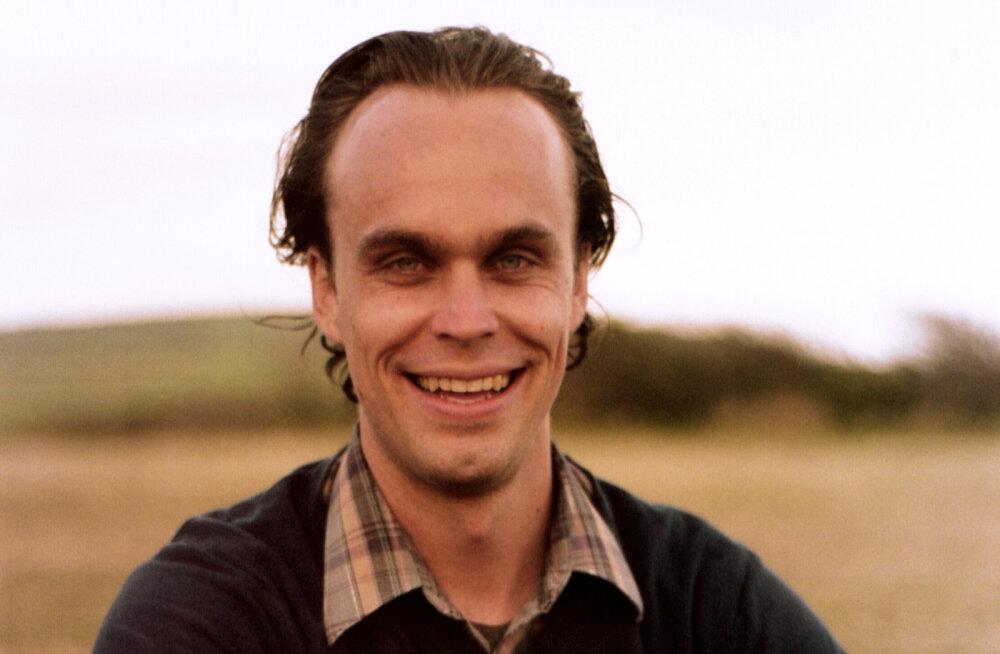 Hingestatud mahemuusika multitalent Peter Broderick esineb reedel Tallinnas