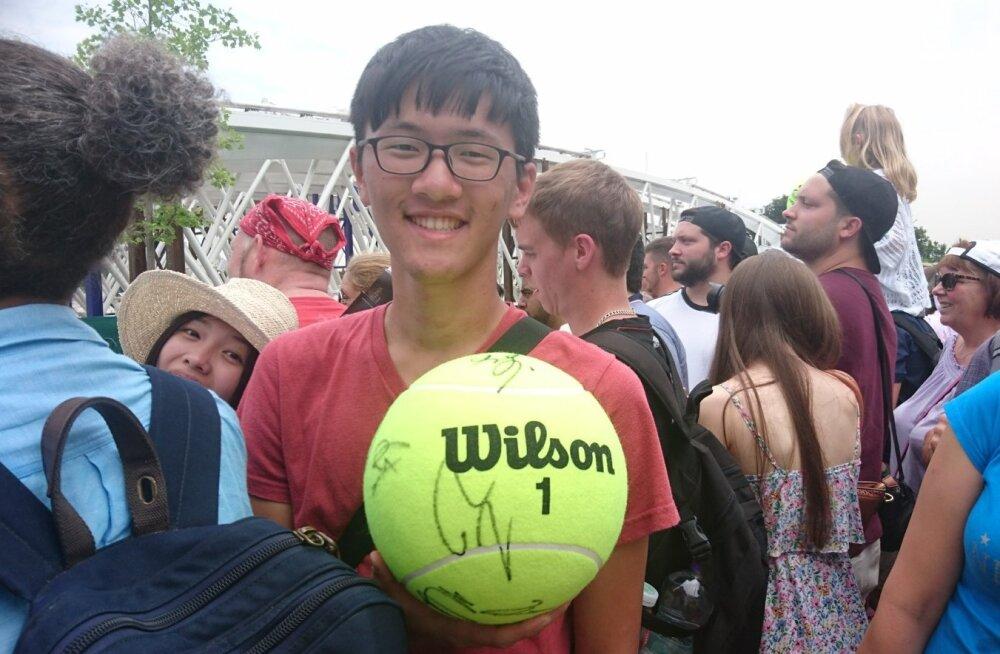 Autogrammikütt Jason Taiwanist