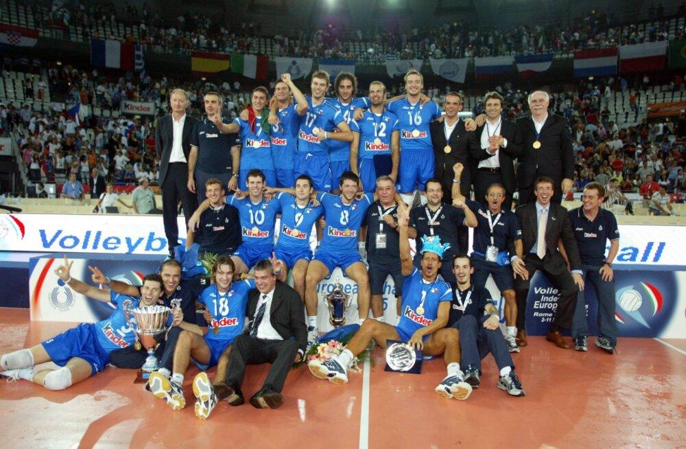 Mis imevits toob itaalia treeneri superliigast Eesti viiendasse klubisse?