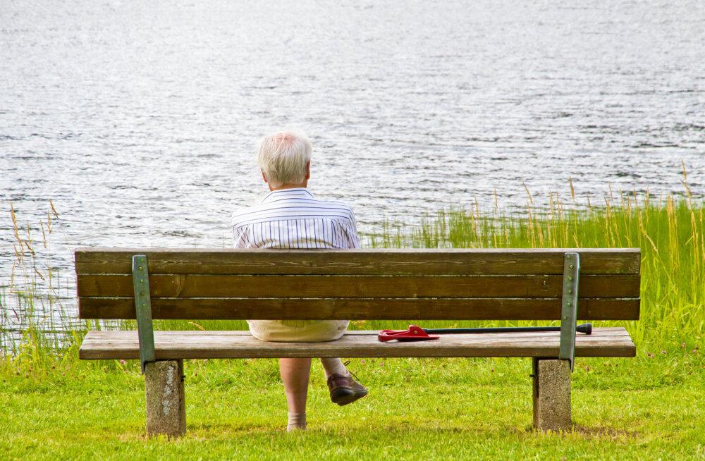 Почему наши старики одиноки?