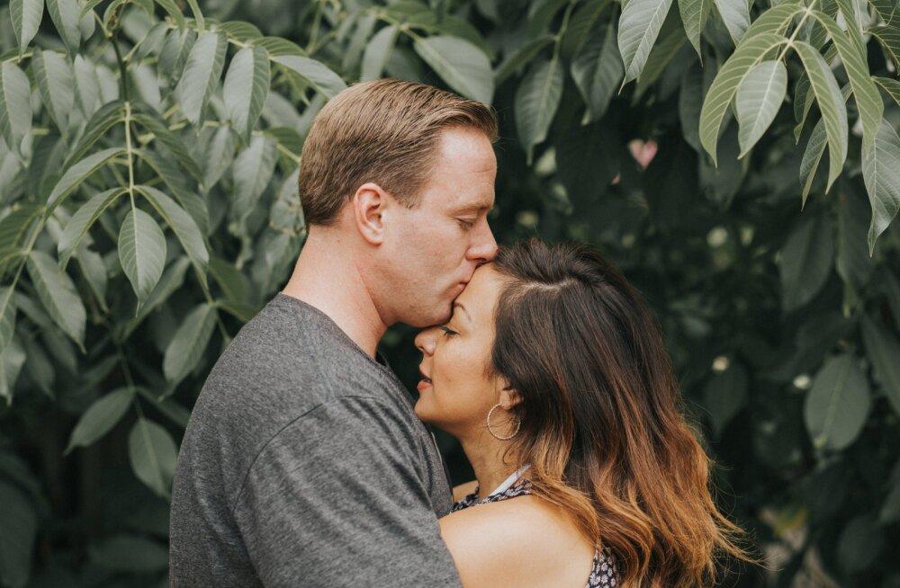 Saladus on paljastatud: edukad paarid teevad suhtes neid kahte asja, mistõttu ei pea nad kunagi lahkuminekut kartma