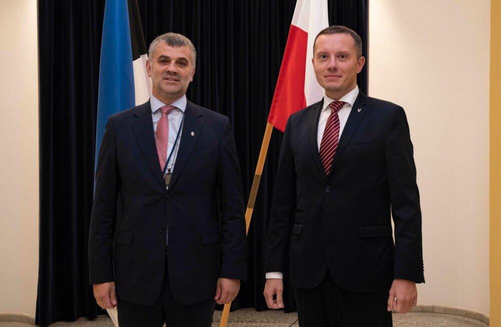 Kaitseministeeriumi kantsler Kristjan Prikk ja Poola asekaitseminister Tomasz Zdzikot