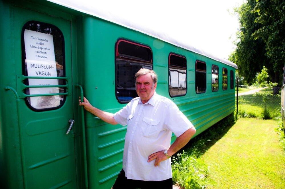 Varjupaik, kus vananeb väärikalt parklatäis Moskvitše ja bussis  kasvatatakse tomateid - Reisijuht