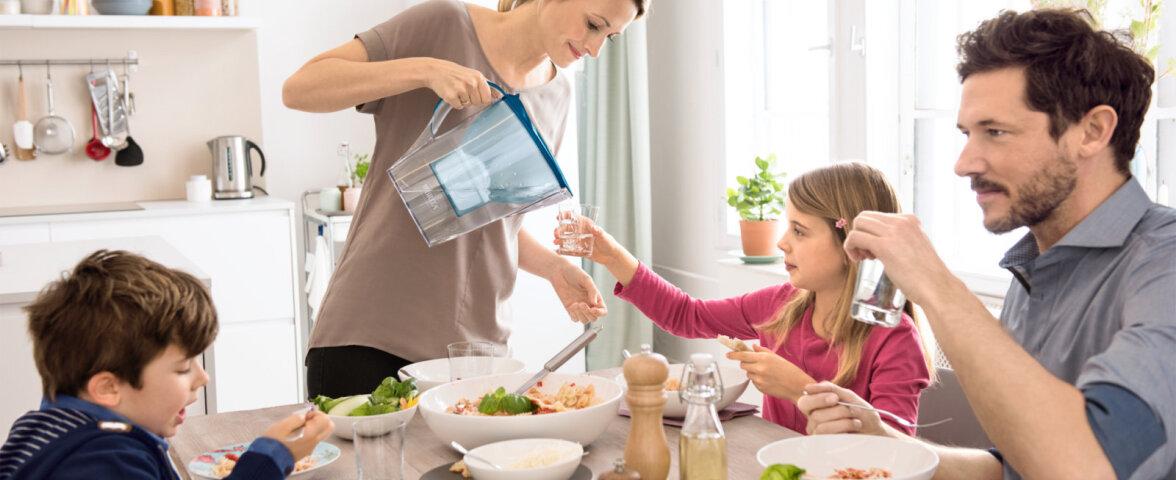 Kindlasti on tark juua vett kohe hommikul, sest öö jooksul kaob kehast palju vett hingamise ja uriini kaudu, aga ka higina.