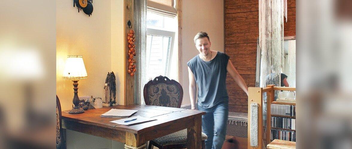 Rolf Roosalu õdus ja värvikas korter vanas puumajas
