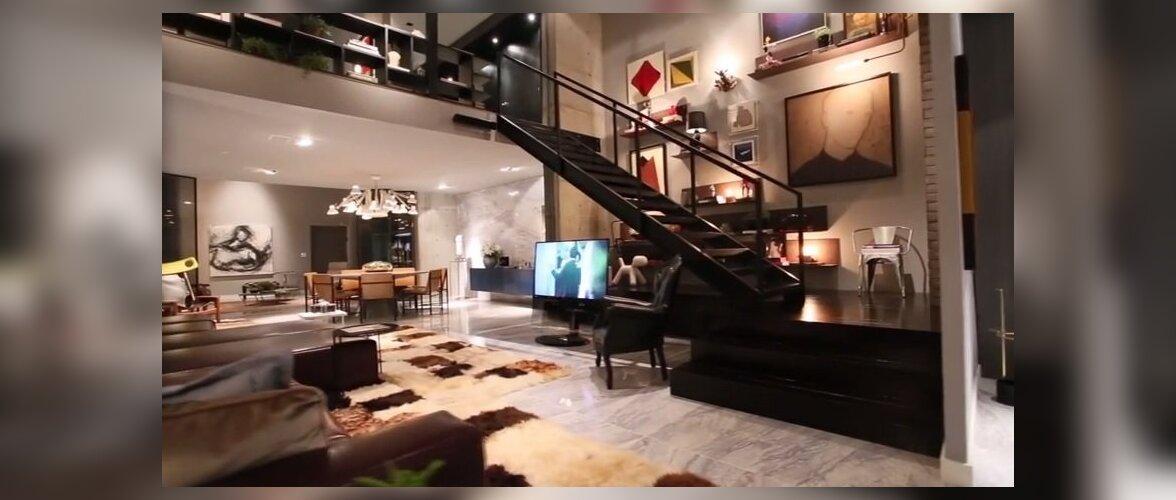 Kunsti ja disainiga täidetud <em>loft</em> Brasiilias