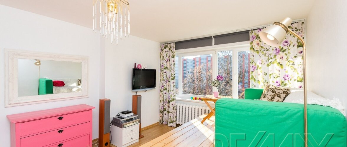 Tõeliselt värvikaks kujundatud funktsionaalne kodu