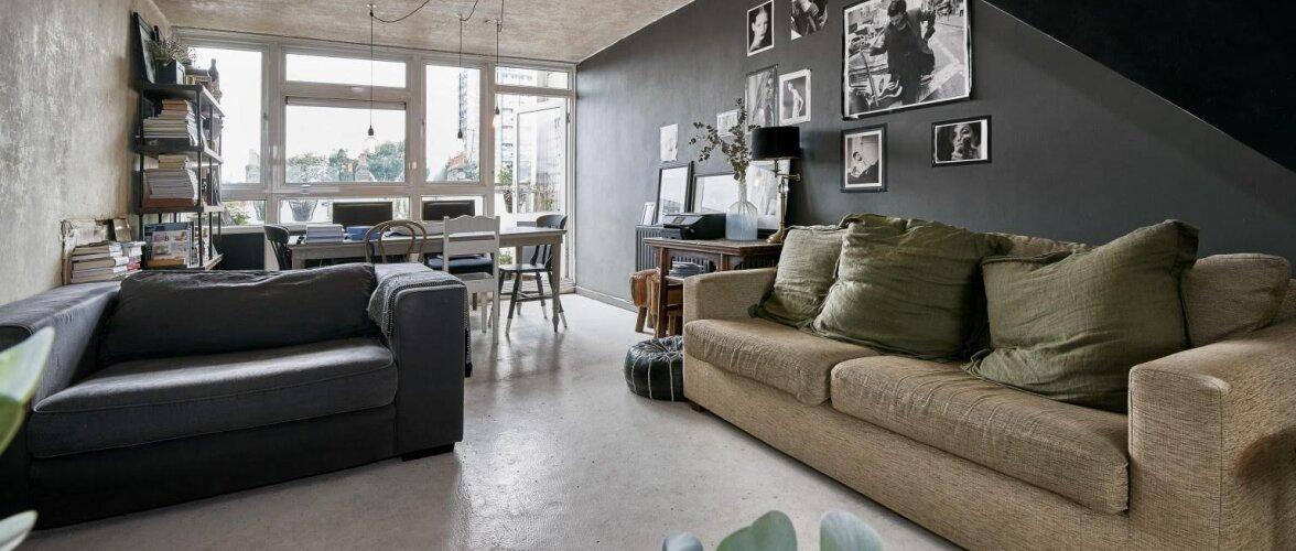 Modernne <em>loft</em> rabab puhta betooni ja julge värvivalikuga