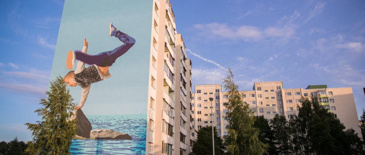 """Lasnamäe kortermaja kaunistab hiiglaslik, ligi 28 000 eurot maksev seinamaaling """"Sport"""""""