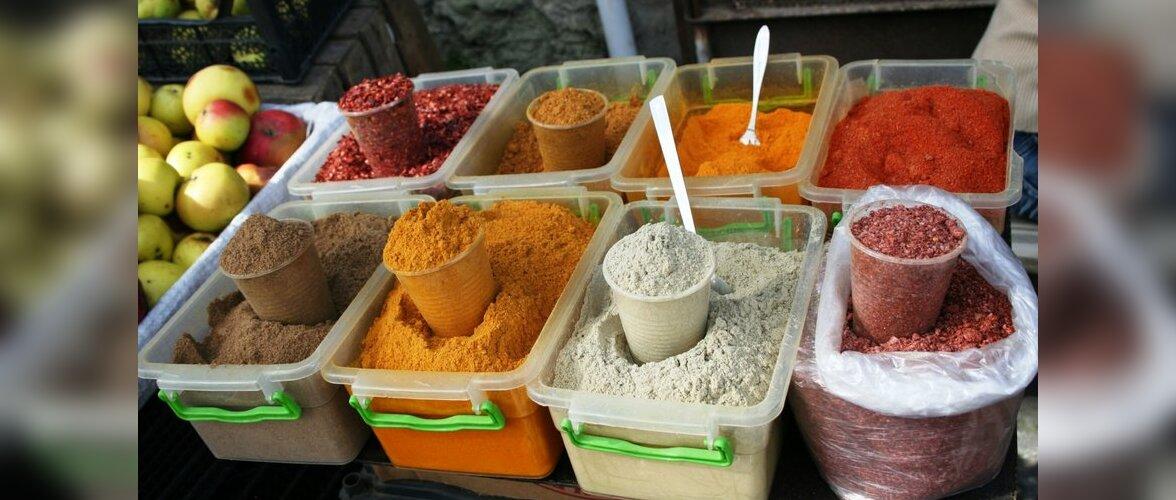 Kõrgvererõhktõve suureks riskiteguriks on liigne soola tarbimine, seetõttu  võiks toitude maitsestamisel kasutada pigem pansoola või hoopis vürtse.