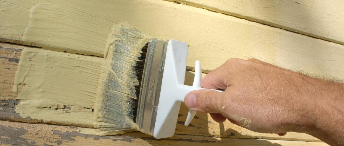 Kulunud puitvooder vajab vahel ainult pisiparandusi ja värvimist