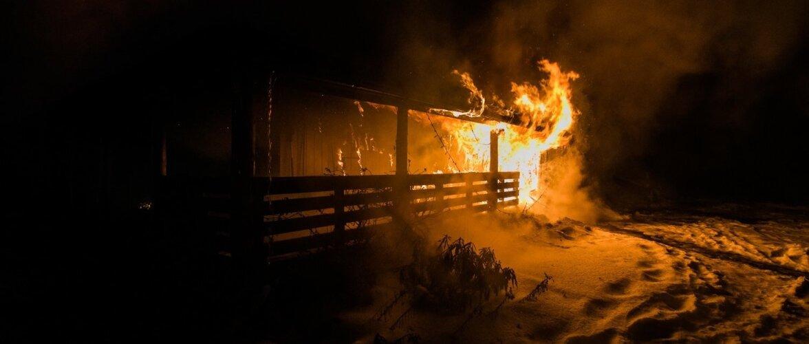 Tulekahju Raplamaal, Palase külas