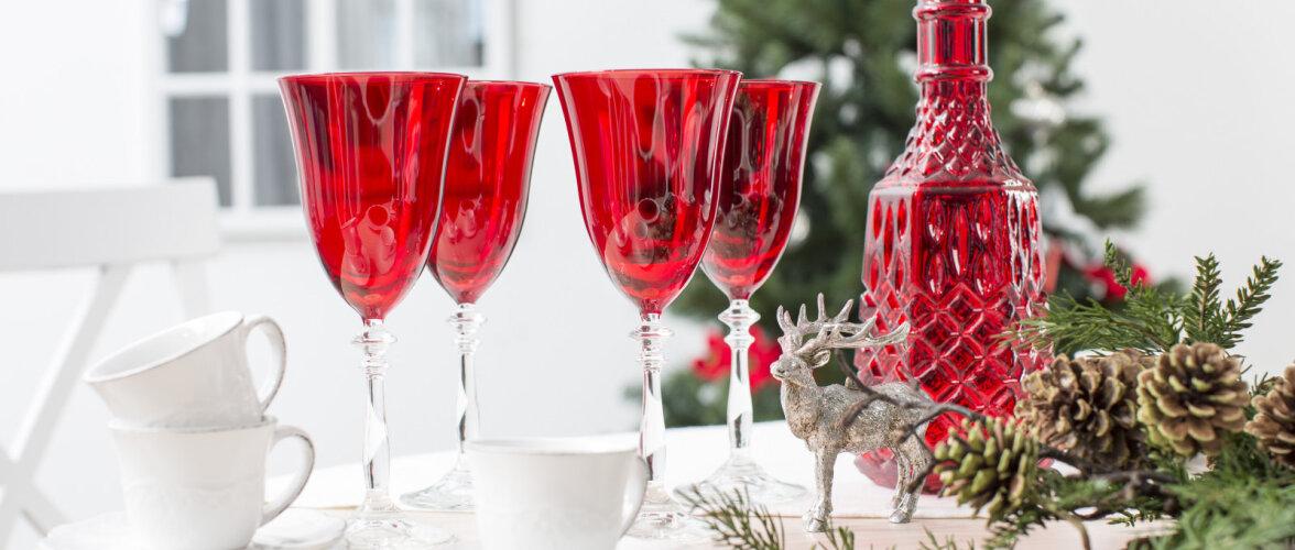 Viis head ideed, kuidas jõululaud kauniks kujundada