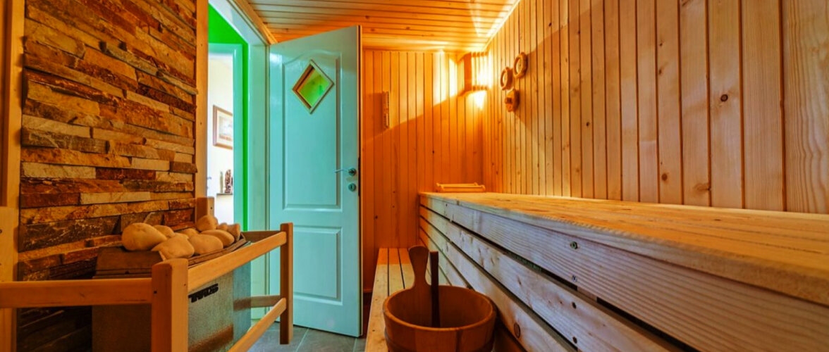 10 levinumat viga, mida saunas käies tehakse